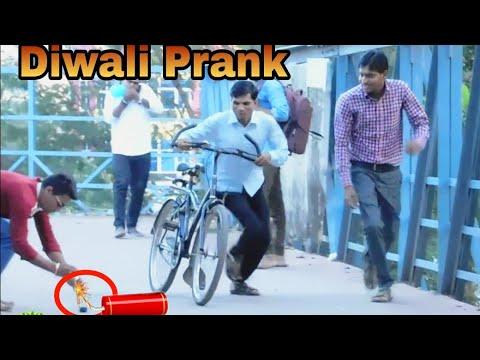 Happy Diwali Prank - Diwali Prank - Funny Pranks - Prank In India - Bomb Pranks - Golden Boys 2018 1