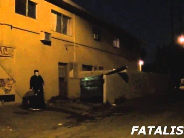Serial Killer in the Hood – PRANKS GONE WRONG – Scary Prank – Pranks in the Hood – Funny Pran -F4F