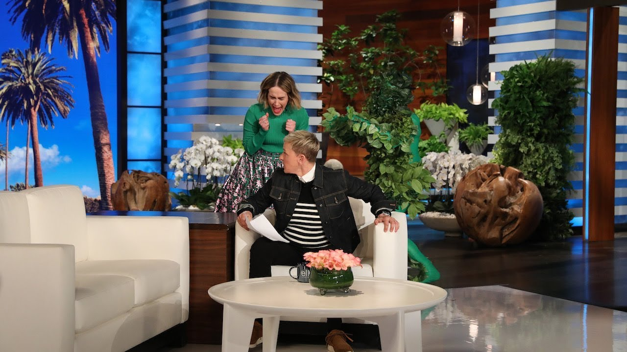 Sarah Paulson Attempts to Get a Scare Revenge on Ellen 1