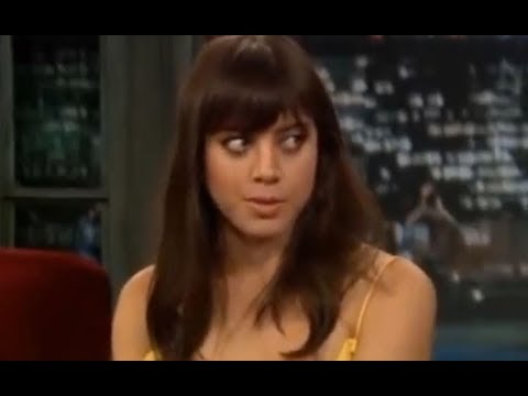 Aubrey Plaza is really WEIRD and...AWKWARD. I love it! 1