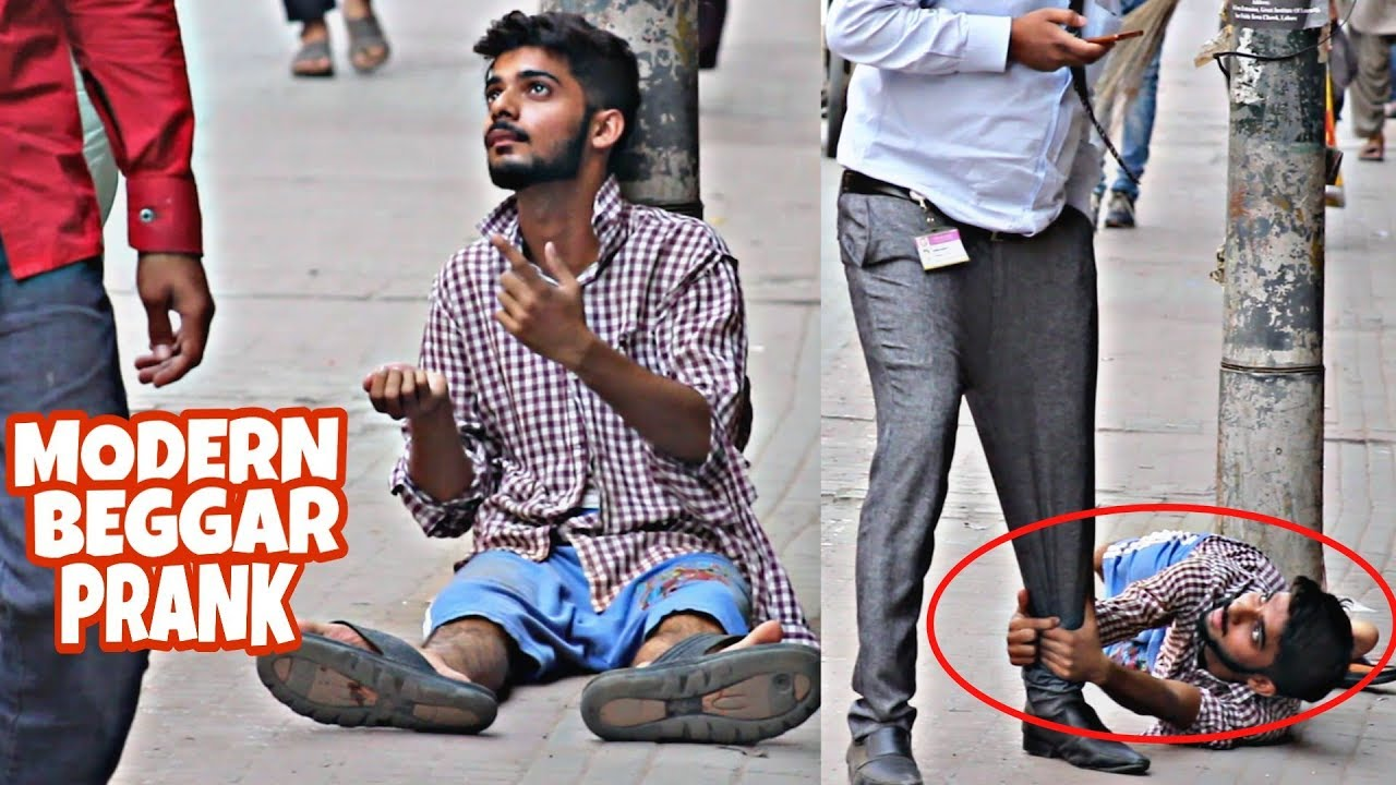 Beggar Who Speaks English | Beggar Prank | Prank In Pakistan 1