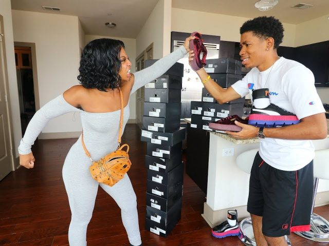 SELLING ALL OF DE'ARRA SHOES PRANK!!! (GONE WRONG)