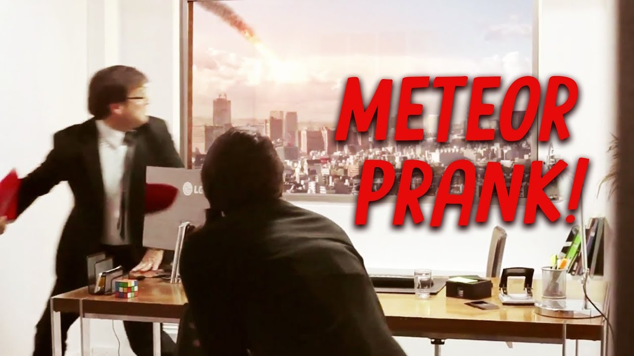 End of the World Prank and more - Funny LG Adverts 1
