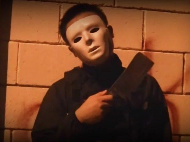 Serial Killer in the Hood (PRANKS GONE WRONG) – Scary Prank – Pranks in the Hood – Funny Pranks 2014
