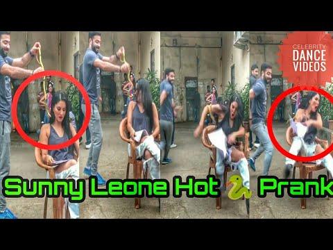 Sunny Leone Snake Prank Gone Horribly Wrong    Pranks In India 2017 Epic Funny Prank 1