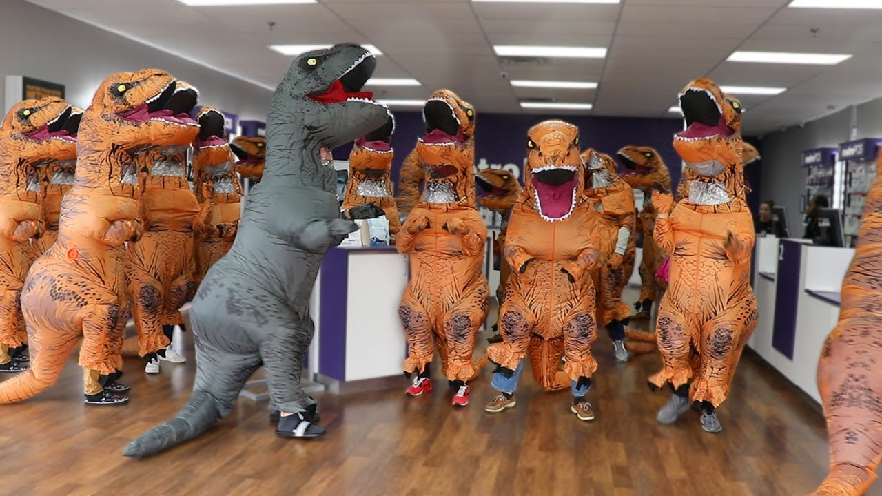 Walking Into Random Stores With 100 Dinosaurs 1