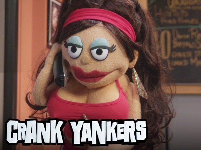 Chelsea Peretti Prank Calls Hotters – Crank Yankers (NEW)