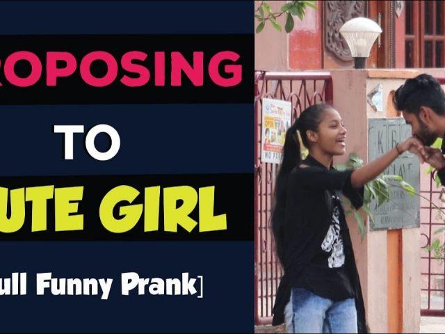 proposing To Cute Girl || Telugu Pranks in Vizag ||Hello abbai || Pranks in Telugu